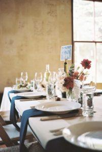 arreglos florales vintage mesa larga